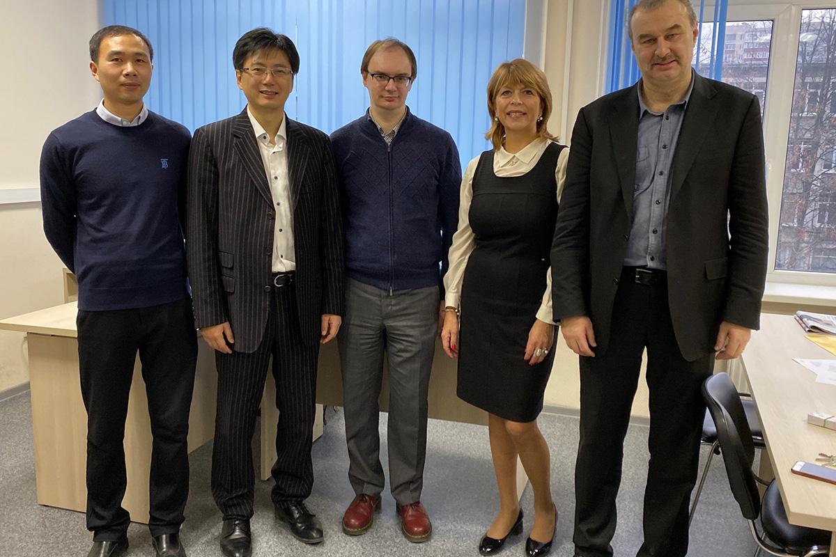 Cотрудничество с Шанхайским Цзяотун университетом